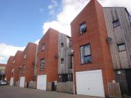2 bed property in Markendale Place...