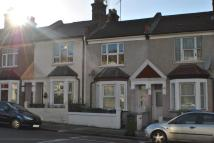 2 bedroom property to rent in Basildon Road, London...