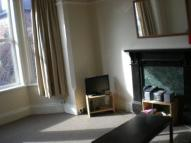 Flat to rent in Millicent Road, NG2...