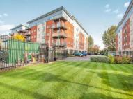 Flat to rent in Elmira Way, Salford, M5