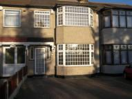 3 bed Terraced home in Upper Rainham Road...