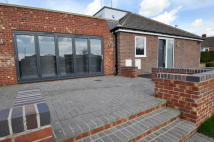 Semi-Detached Bungalow to rent in Selworthy Road...
