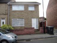 3 bed semi detached property to rent in Cadman Street...