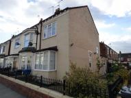 2 bedroom End of Terrace property in De La Pole Avenue, Hull...