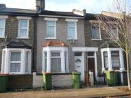 Terraced property to rent in Pond Road, Stratford