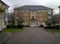 Flat to rent in Cuthberga Close , Barking