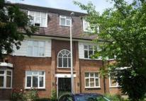 2 bedroom Maisonette in Avondale Court ...