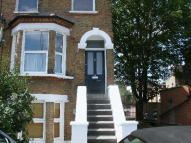 1 bedroom Flat to rent in Merton Road, London, SW18