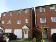 4 bedroom Town House in Welland Road, Hilton...