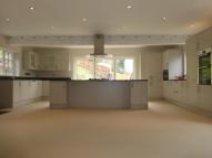 6 bedroom Detached home to rent in Spittal...