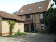 Studio apartment to rent in Millford, Woking, Surrey...