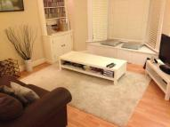 Flat to rent in Tintern Street, London...