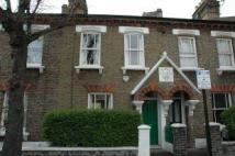 2 bedroom property to rent in Eland Road, London, SW11