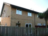 2 bedroom property to rent in Studley Knapp...