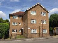 1 bedroom Flat in Randall Court...