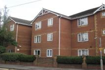 Flat to rent in Hadleigh