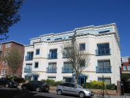 3 bed Apartment in Salisbury Road, HOVE