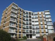 1 bed Apartment in Furze Hill, HOVE