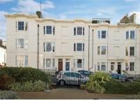 Maisonette to rent in Clarence Square, BRIGHTON