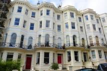 Flat to rent in Cambridge Road, HOVE