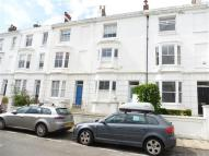 Apartment to rent in Clifton Street, BRIGHTON