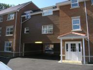 Flat to rent in Jacobs Court, Crawley...
