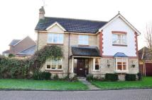 4 bed Detached house to rent in Uppark Gardens, HORSHAM