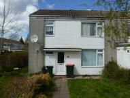 4 bedroom property to rent in Warnham Road, CRAWLEY