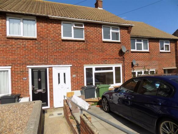 bedroom house to rent in brodrick road eastbourne bn22