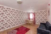 2 bedroom Flat in Alnwick Road Custom...