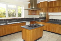 property to rent in Ashwells Road, Brentwood