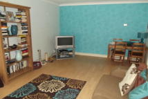 2 bed Flat to rent in Gresham Road, Brentwood