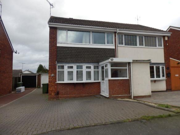 3 bedroom property to rent in FAIR ISLE DRIVE - NUNEATON - CV10 ...