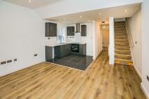 Duplex to rent in Church Street, FRODSHAM