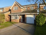 Detached property in Sovereign Close...