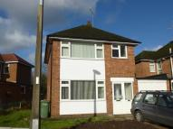3 bedroom house to rent in Homewood Crescent...