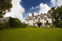 Farm House for sale in Llandderfel, Bala...
