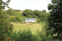 Detached home in Nantglyn...
