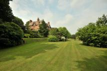 7 bed Detached property in Tarporley Road...