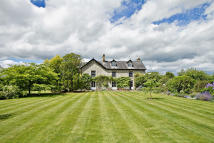 6 bed Detached property for sale in Llanbedr Dyffryn Clwyd...