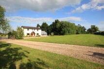 4 bedroom Detached property in Rossett Road, Holt...
