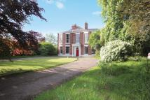 8 bedroom Detached house in Eaton Road, Chester...