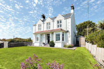 6 bedroom semi detached house in Lon St. Ffraid...