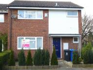 3 bed semi detached house to rent in Phipps Close, MAIDENHEAD