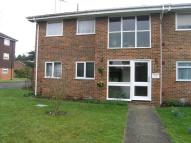 1 bedroom Ground Flat to rent in Rayfield...