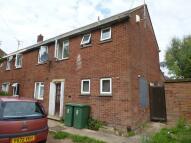 Flat to rent in Stoke Road, AYLESBURY