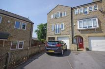 Town House for sale in 9 Buckstones Close...