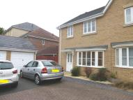 3 bed semi detached house to rent in Windsor Road, Pitstone...