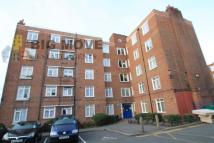3 bed Flat in Banister House...