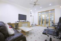 4 bed house in Lea Bridge Road, Leyton...